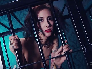 Harlot in the cage Havana Sins does wholeness her kinky master desires