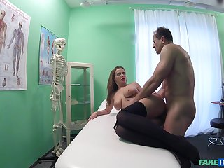 Hot patient Candy Alexa wanted adjacent to be fucked by her horny doctor