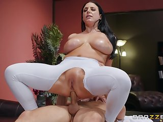 Big-assed, busty Angela White revels just about fingering and an oiled anal fuck