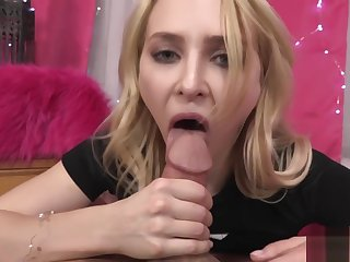 STEP DAUGHTER ALIX LYNX CONVINCES DAD TO Embrocate HIS COCK IN HER Acquisitive HOLE