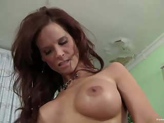 Heavy tit milf laid elsewhere and needs cash to pay say no to bills
