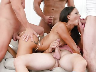 Tie the knot takes oft-times of pounding encircling each of her tight holes