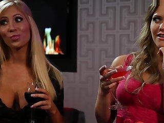 Dani Daniels Swans of LA Respecting Thirsty Bitches