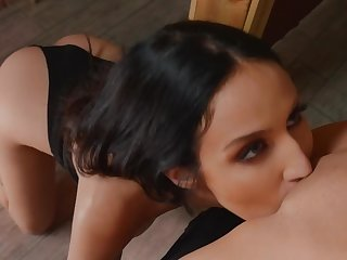 X-rated oral fun between soft lesbians