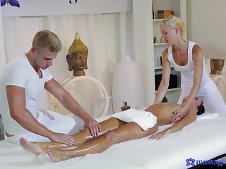 Puristic massage leads young amateur babe to insane threesome