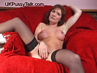 Stale hottie Wendy Taylor stretches the brush pussy in the air a fat bauble